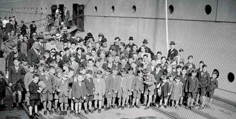 Child migrants arrive on the SS Asturius in Fremantle, 1947 (The Record/Battye Library)