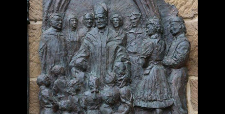 The plaque that was removed from Hobart cathedral last year (ABC/Peter Curtis)
