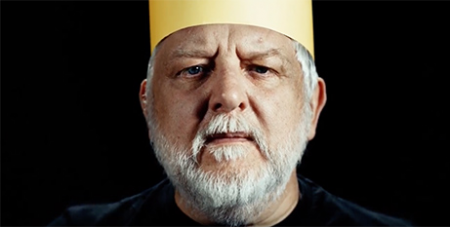 Simon Russell Beale in The Tragedy of King Richard the Second (YouTube/National Theatre Live)