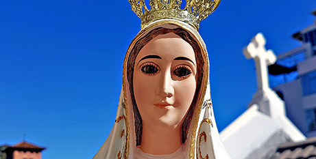 A donated statue of Our Lady of Fatima (CNS/Gunther Simmermacher)