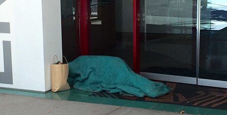 Homeless people face a shortage of crisis accommodation in Canberra (ABC News/AndrewMessenger)