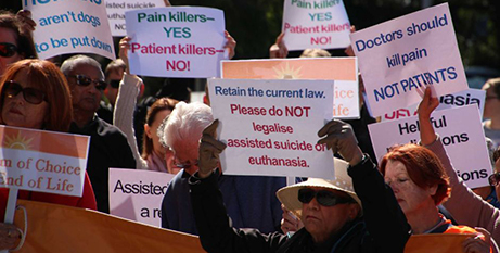 Anti-euthanasia campaigners rally outside WA Parliament House yesterday (ABC News/Eliza Laschon)
