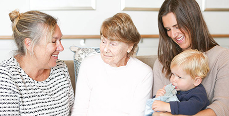 Families of dementia patients are encouraged to take part in the Montessori approach (VMCH)