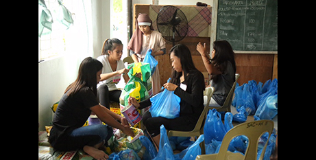Caritas is providing emergency kits to people affected by the typhoon (Caritas Australia)