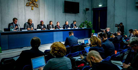 The press briefing during the Synod of Bishops yesterday (CNA/Daniel Ibanez)