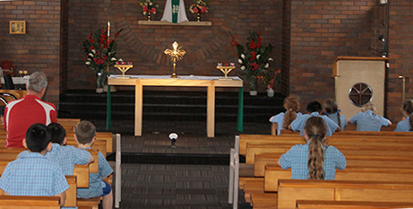 Students at Holy Spirit School, Bray Park, attend Adoration each week (The Catholic Leader)