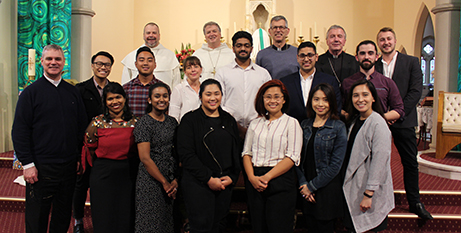 Australian bishops and young people celebrate the end of the Year of Youth (ACBC)