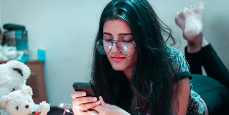 One in three children between the ages of 14 and 17 had experiences with sexting during 2016-17 (Unsplash/Dollar Gill)