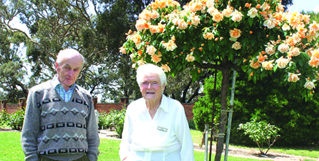 Volunteers Charles Spong and Faye Cooke (The Southern Cross)