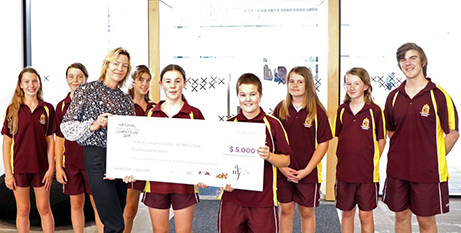 St Pius X Adamstown students with the $5000 songwriting prize cheque (MNnews.Today)