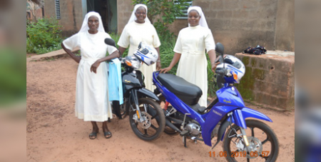 This year, ACN provided two motorcycles to the Sisters of the Annunciation of Bobo-Dioulass, Burkina Faso, to provide pastoral care to the local community (ACN)